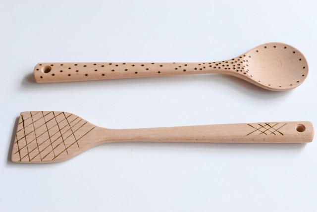 DIY 18/39 : Décoration de cuillères en bois avec un pyrograveur