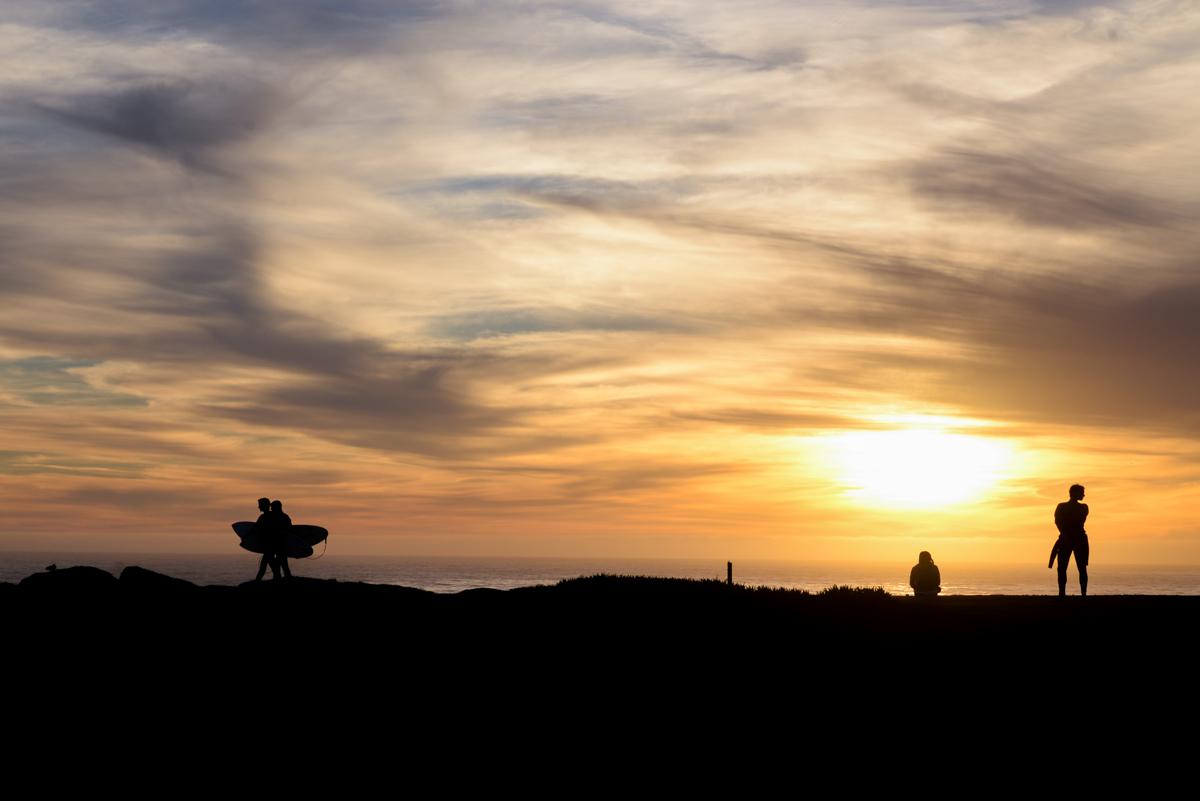 silhouettes-Santa-Cruz-