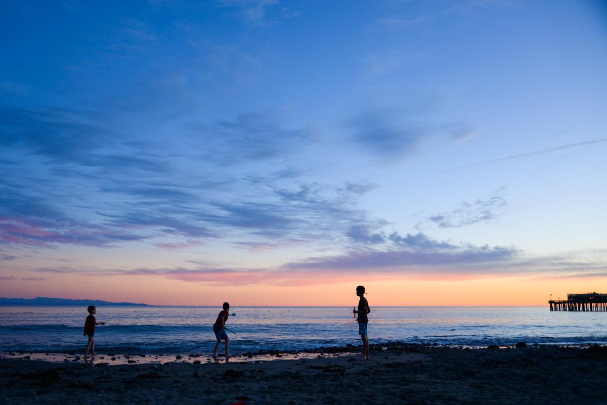 Capitola-beach-silhouette-ocean