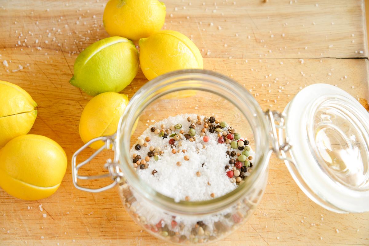 Citrons-confits-dans-le-sel