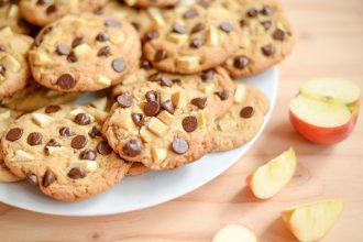 Biscuits a la pomme et aux pepites de chocolat