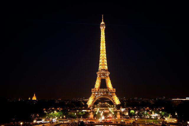 paris-nuit-eiffel