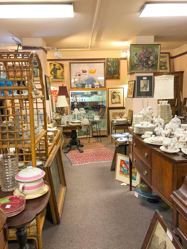 Petaluma-antiques-boutiques