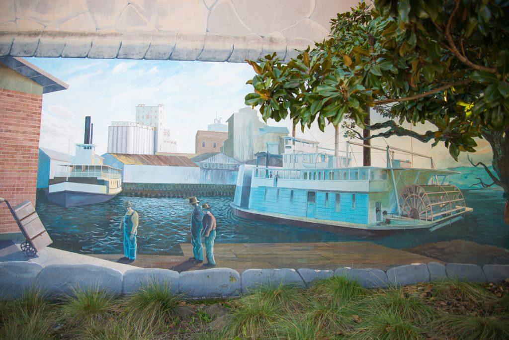 Petaluma-fresque-fleuve