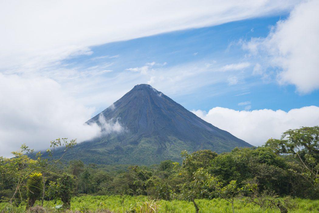 costa-rica-volcan