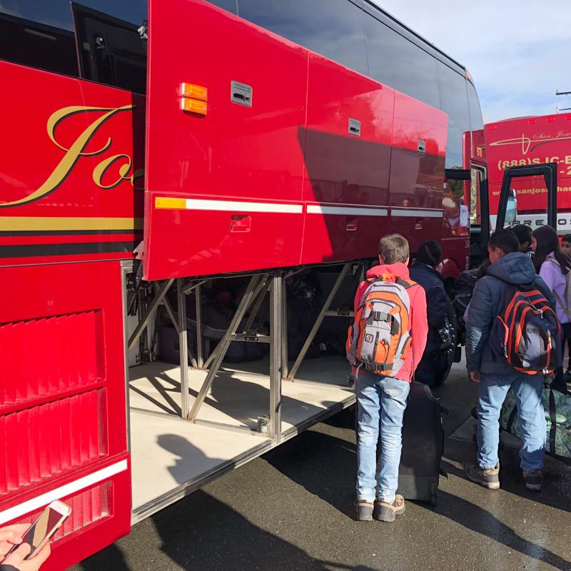 depart-bus