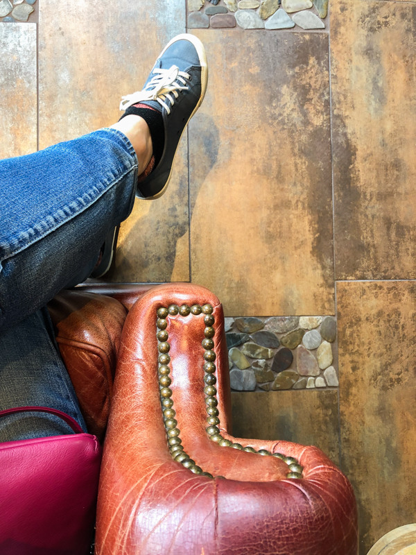 fauteuil-cuir-ancien