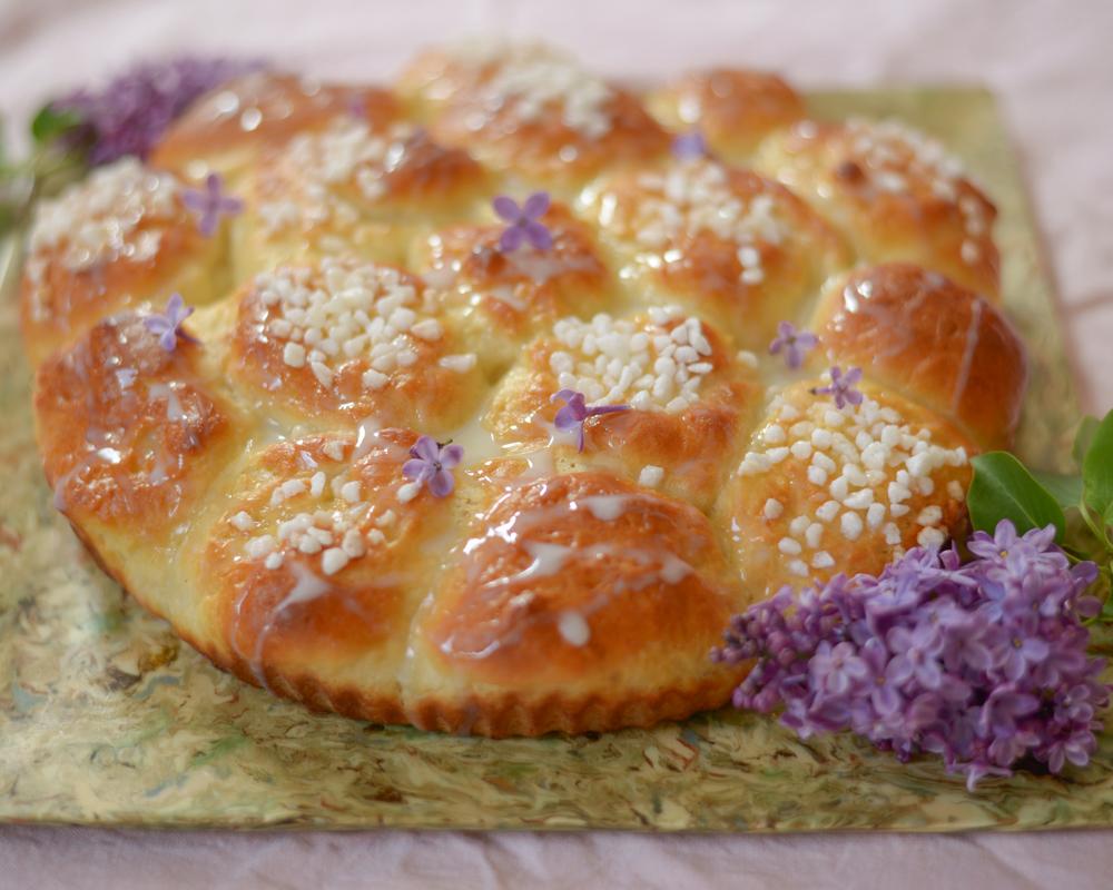 honeycomb-bread